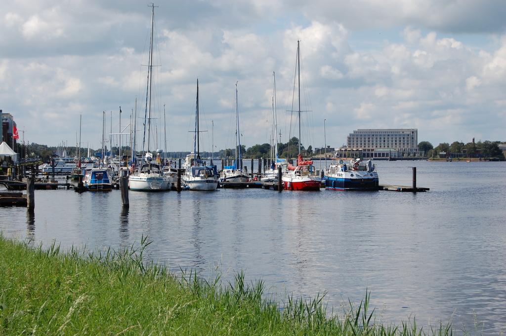 Hafenrundfahrt in Wilhelmshaven