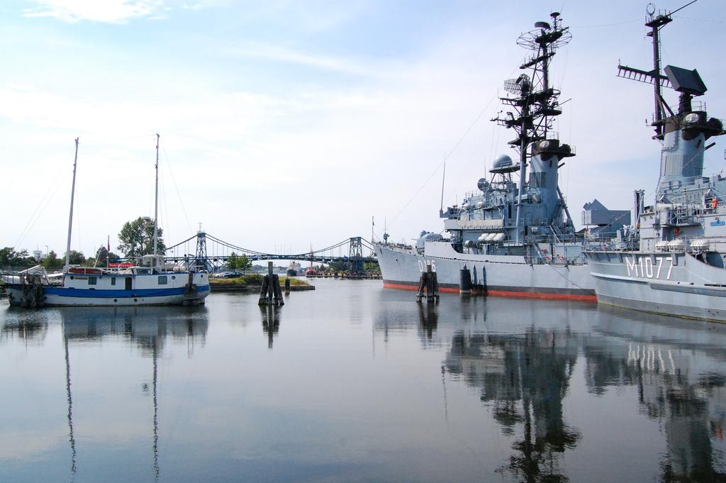 Hafenbecken am Marinemuseum