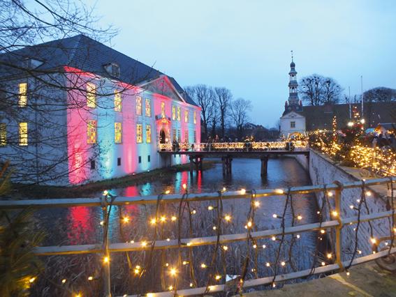 Dornumer Weihnachtsmarkt Schloss