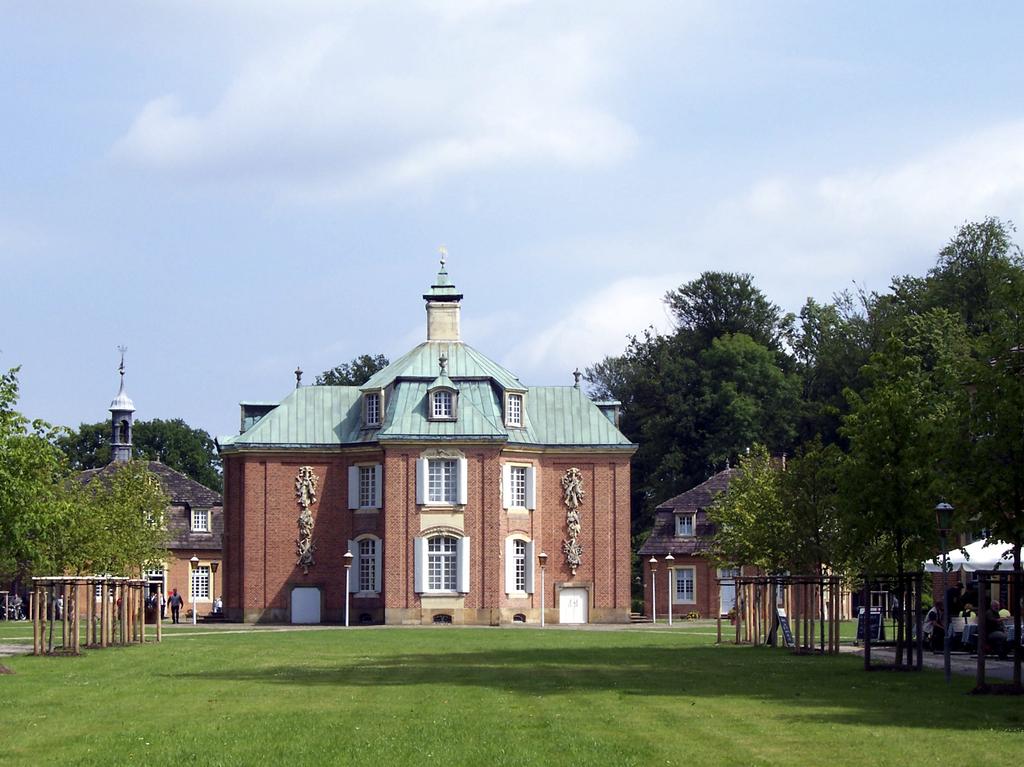 Jagdschloss_Clemenswerth_in_Soegel.1024
